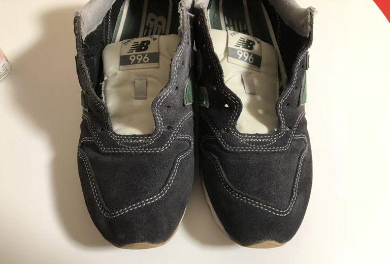 スエードの靴を補色