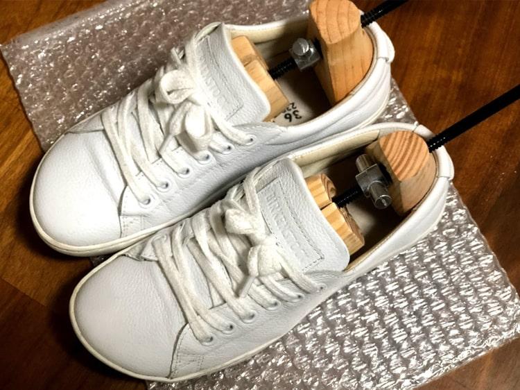 シューズストレッチャーで靴を伸ばす!広げる!使い方を紹介!靴